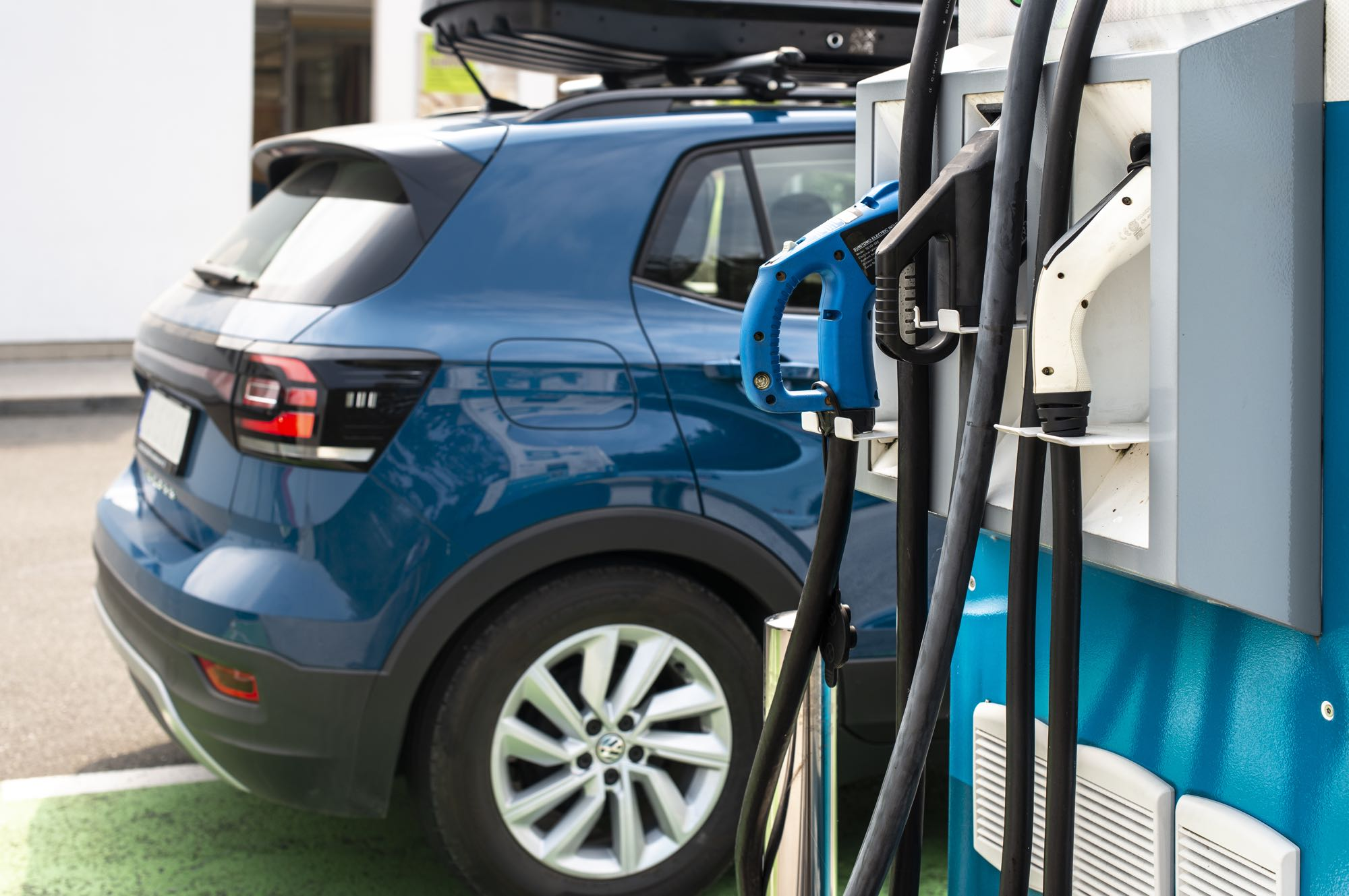Filling up a hybrid car