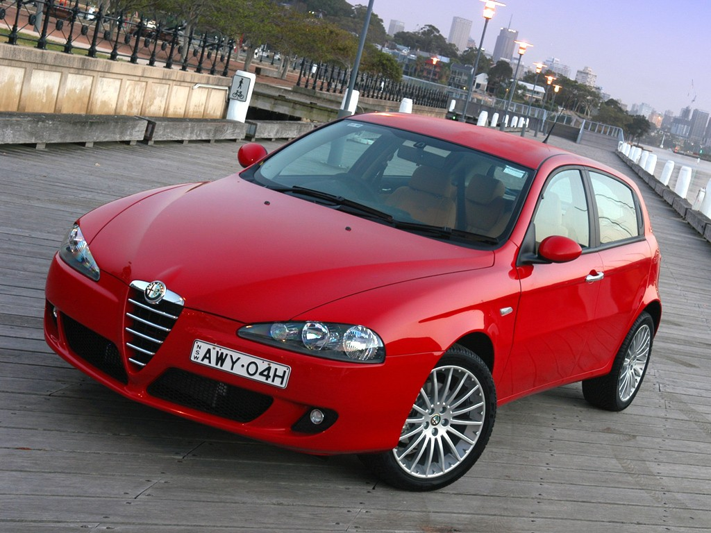 Alfa Romeo Hot Hatches Under £1,500